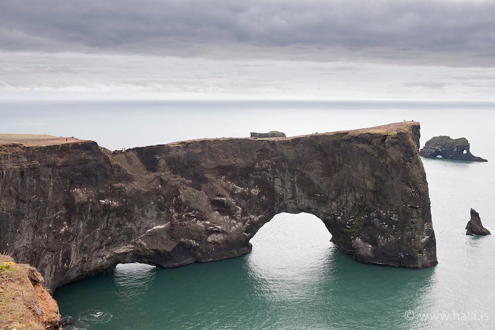 Peninsula, Dyrholaey at the south coast of Iceland -Dyrhólaey, tóin