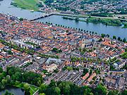 Nederland, Gelderland, Kampen, 21–06-2020; de stad Kampen, gelegen aan rivier de IJssel. Zicht op de binnenstad met De Bovenkerk en de Stadsbrug over de rivier.<br /> <br /> luchtfoto (toeslag op standaard tarieven);<br /> aerial photo (additional fee required)<br /> copyright © 2020 foto/photo Siebe Swart
