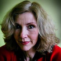 """Nederland.Amsterdam.21 februari 2004..Marieke van de Pol scenarioschrijfster o.a. van de speelfilm """"de Tweeling""""."""