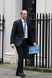 © Licensed to London News Pictures. 23/01/2020. London, UK. Foreign Secretary DOMINIC RAAB in Downing Street as Prime Minsetr Boris Johnson will meet NAZANIN ZAGHARI-RATCLIFFE'S husband RICHARD, with his mother, BARBARA and daughter GABRIELLA. Photo credit: Dinendra Haria/LNP