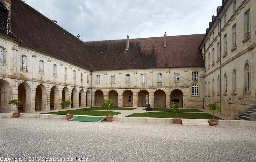 Abdij Auberive uit de 12de eeuw, Frankrijk - Abbey of Auberive from the 12th Century