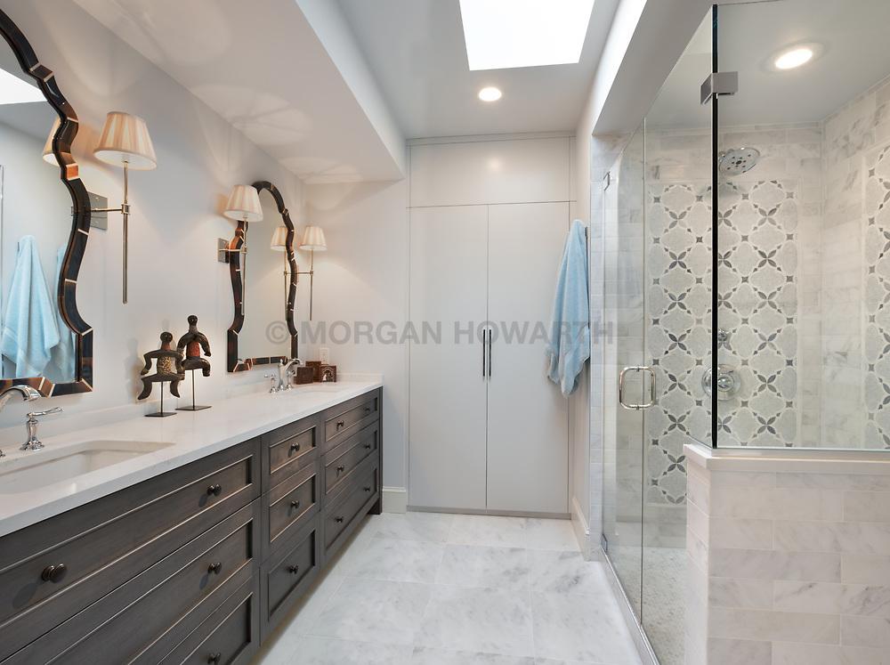 2738 Woodley place Master bathroom