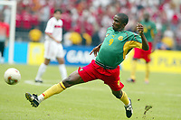 FOTBALL - CONFEDERATIONS CUP 2003 - GROUP B - KAMERUN V TYRKIA - 030621 - SAMUEL ETOO (CAM) - PHOTO STEPHANE MANTEY / DIGITALSPORT *** Local Caption *** 40000727