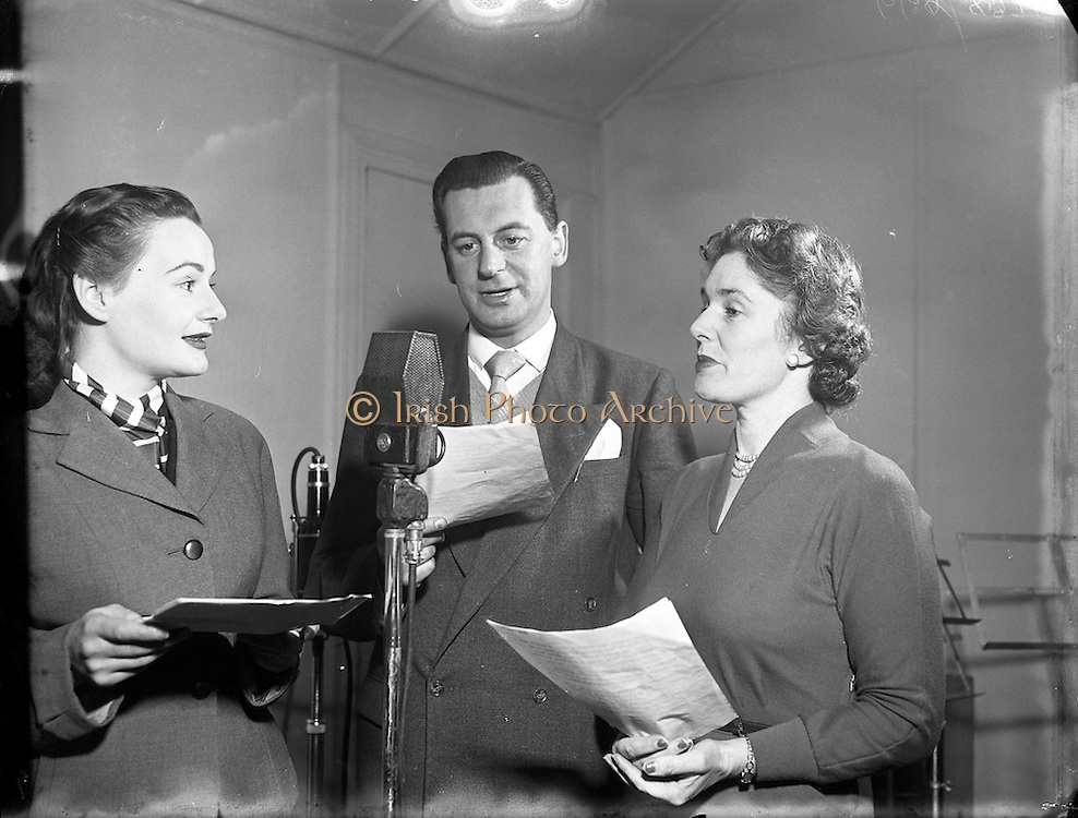 06/12/1954<br /> 12/6/1954<br /> 6 December 1954<br /> <br /> Special for Radio Review - Recording of New Sponsored Programme 'Stork Magazine'
