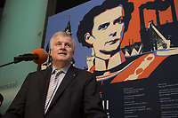 """11 MAY 2012, BERLIN/GERMANY:<br /> Horst Seehofer, CSU, Ministerpraeisdent Bayern, eroeffnet die Ausstellung """"Goetterdaemmerung - Koenig Ludwig II. und seine Zeit"""", Bundesrat<br /> IMAGE: 20120511-02-002"""