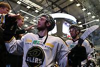 GET-ligaen Ice Hockey, 27. october 2016 ,  Stavanger Oilers v Stjernen<br /> Eirik Salsten fra Stavanger Oilers etter kampen mot Stjernen<br /> Foto: Andrew Halseid Budd , Digitalsport