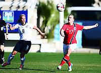 Fotball , 17. januar 2014 , privatkamp , damer , England - Norge 1-1<br /> England - Norway  , Woman<br /> Kristine Minde , Norge<br /> Jordan Nobbs , England