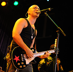 Aug 15, 2008 - Myrtle Beach, South Carolina, USA - Singer / Guitarist ED KOWALCZYK of the band Live performs as their 2008 tour makes a stop at the House of Blues located in South Carolina.   (Credit Image: ZUMApress.com)