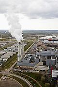 Nederland, Noord-Holland, Amsterdam, 16-04-2008; AEB Afval Energie Bedrijf  (Waste Fired Power Plant) ; aan de Australiehavenweg; in de installatie wordt huisvuil en ander afval verbrandt en elektriciteit en warmte opgewekt; verbrandingsinstallatie, verbrandingsoven, vuilverbranding, rook, stoom, ..luchtfoto (toeslag); aerial photo (additional fee required); .foto Siebe Swart / photo Siebe Swart.