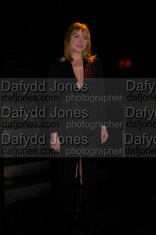 Kim Cattrall . Whose Life is it Anyway? opening night performance at Comedy Theatre, Panton Street followed by Party at Mint Leaf. London. 26 January 2005. ONE TIME USE ONLY - DO NOT ARCHIVE  © Copyright Photograph by Dafydd Jones 66 Stockwell Park Rd. London SW9 0DA Tel 020 7733 0108 www.dafjones.com