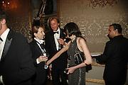 Sam Taylor Wood, Robin Hurlestone and Annabel Neilson, Ark Gala Dinner, Marlborough House, London. 5 May 2006. ONE TIME USE ONLY - DO NOT ARCHIVE  © Copyright Photograph by Dafydd Jones 66 Stockwell Park Rd. London SW9 0DA Tel 020 7733 0108 www.dafjones.com