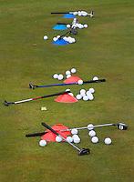 AMSTERDAM - kennismaken met golf tijdens clipic putten voor kinderen.   tijdens de  Amsterdam Golf Show 2015 op Amsterborgh Borchland. COPYRIGHT KOEN SUYK