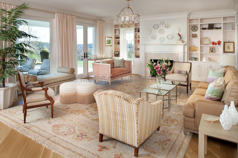 6594 McRaes Road, Warrenton VA Home Living Room