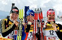 ◊Copyright:<br />GEPA pictures<br />◊Photographer:<br />Mario Kneisl<br />◊Name:<br />Bjoerndalen<br />◊Rubric:<br />Sport<br />◊Type:<br />Ski nordisch, Biathlon<br />◊Event:<br />IBU Biathlon WM 2005, 10 km Sprint, Herren<br />◊Site:<br />Hochfilzen, Austria<br />◊Date:<br />05/03/05<br />◊Description:<br />Sven Fischer (GER), Ole Einar Bjoerndalen (NOR), Ilmas Bricis (LAT), Medaillen<br />◊Archive:<br />DCSKN-0503054301<br />◊RegDate:<br />05.03.2005<br />◊Note:<br />8 MB - HH/HH - Nutzungshinweis: Es gelten unsere Allgemeinen Geschaeftsbedingungen (AGB) bzw. Sondervereinbarungen in schriftlicher Form. Die AGB finden Sie auf www.GEPA-pictures.com.<br />Use of picture only according to written agreements or to our business terms as shown on our website www.GEPA-pictures.com.