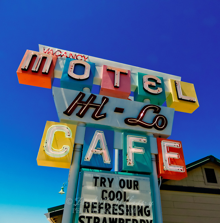 Hi-Lo Cafe, Weed, California. Enduring joint with an old-school vibe serving all-day breakfasts & other diner classics since 1951.