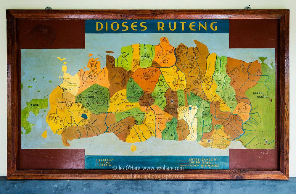 Peta Dioses Ruteng di Sekolah Seminari Pius XII Kisol, Kec. Tanah Rata, Borong, Kabupaten Manggarai Timur, Flores, Nusa Tenggara Timur, Indonesia.