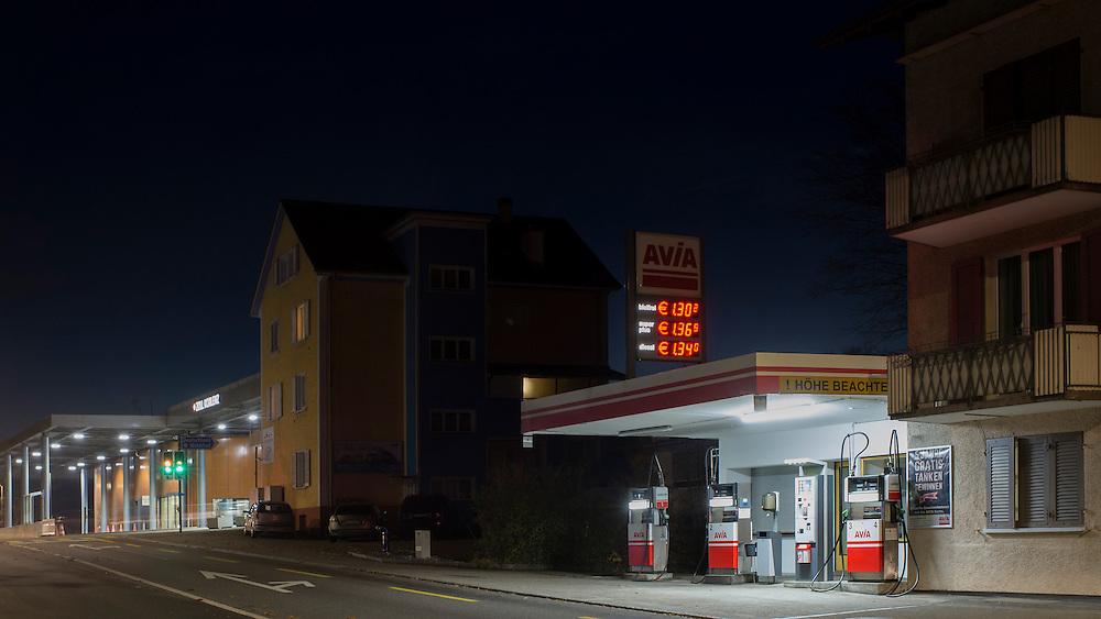 20.11.2016; Koblenz (CH); Tankstelle an der Umfahrungsstrasse an der Grenze zu Deutschland<br /> (Steffen Schmidt)