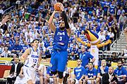 DESCRIZIONE : Berlino Berlin Eurobasket 2015 Group B Iceland Italy <br /> GIOCATORE : Marco Belinelli<br /> CATEGORIA :Tiro<br /> SQUADRA : Italy∫<br /> EVENTO : Eurobasket 2015 Group B <br /> GARA : Iceland Italy <br /> DATA : 06/09/2015 <br /> SPORT : Pallacanestro <br /> AUTORE : Agenzia Ciamillo-Castoria/Mancini Ivan<br /> Galleria : Eurobasket 2015 <br /> Fotonotizia : Berlino Berlin Eurobasket 2015 Group B Iceland Italy
