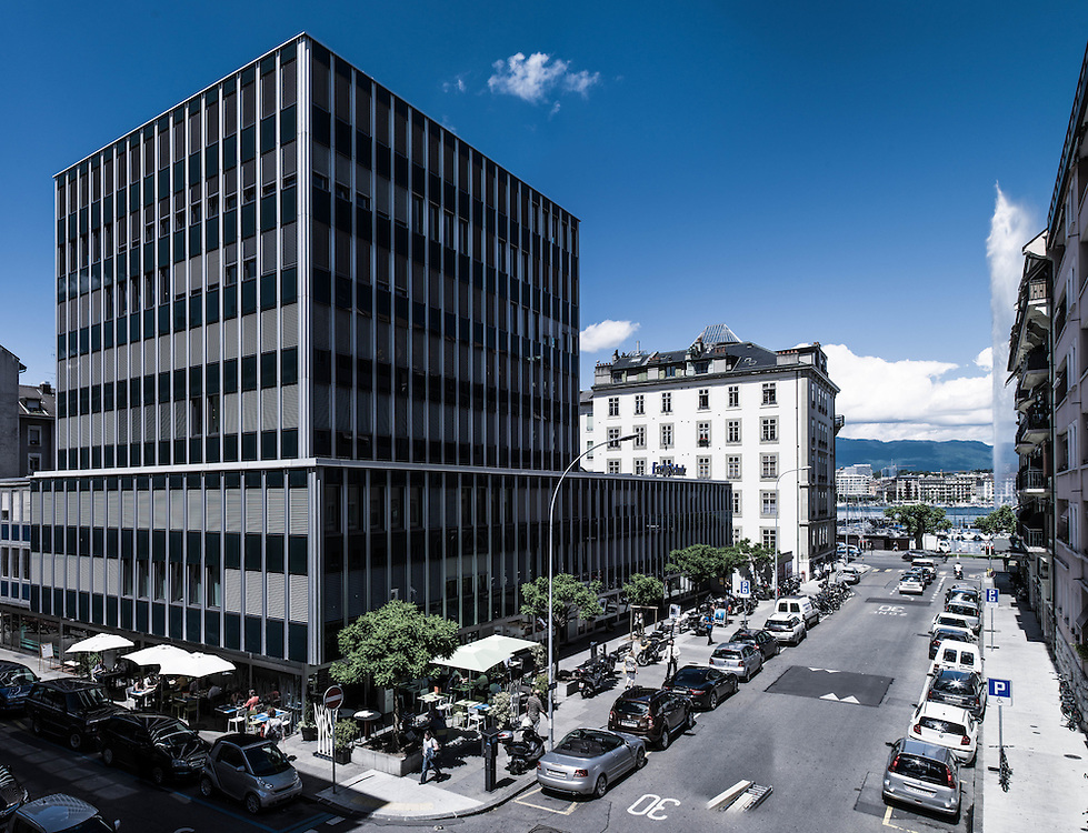 re-designed by Biago Leopizzi, Geneve > Switzerland
