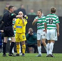 Clyde v Celtic, ScottishCup  quarter final, Broadwood Stadium, Cumbernauld. Sunday 27/05/2005<br /> Referee Craig Thomson books Craig Bellamy