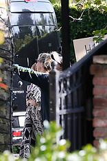 Kate Hudson celebrating her birthday - 19 April 2020