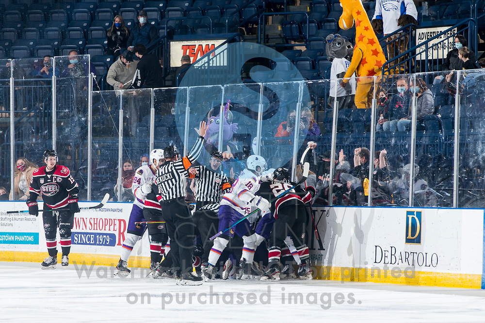 The Youngstown Phantoms defeat the Chicago Steel 5-2 at the Covelli Centre on January 23, 2021.<br /> <br /> Reilly Funk, forward, 94; Jack Malone, forward, 18