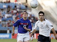 FOOTBALL - UNDER 21 TOULON TOURNAMENT 2005 - FINAL - FRANCE v PORTUGAL - 10/06/2005 - NICOLAS FAUVERGUE (FRA) / TIAGO VALENTE (POR) <br />