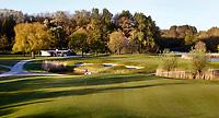 Halfweg / AMSTERDAM  - Amsterdamse Golf Club AGC. groenhole hole 9 met startershuis van de Marshal.     COPYRIGHT KOEN SUYK