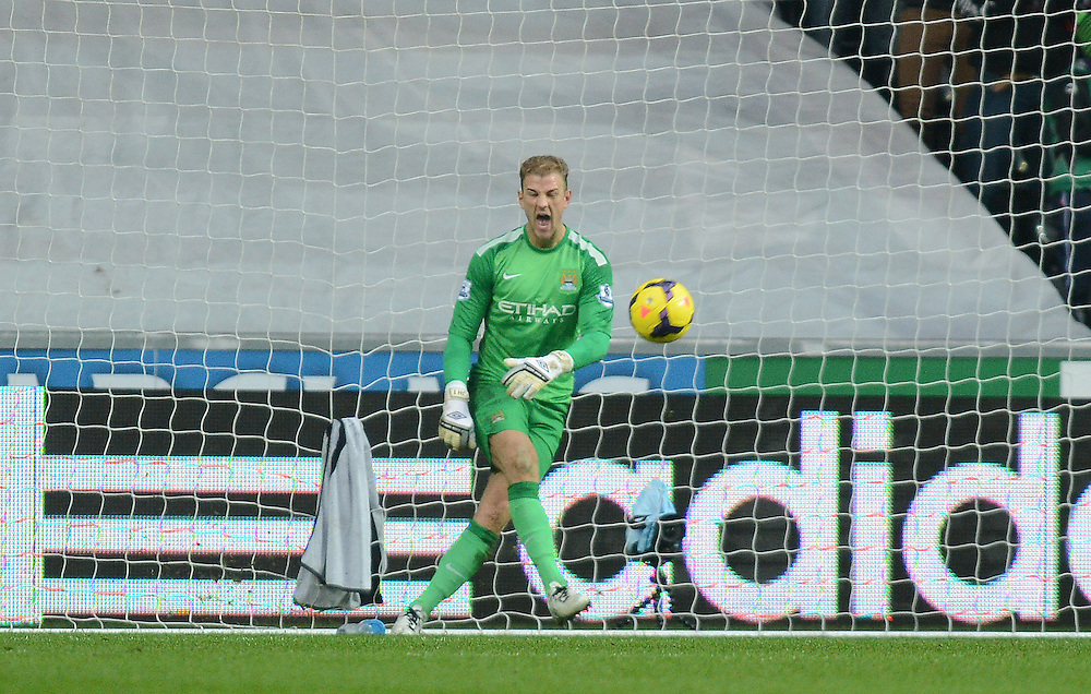 Manchester City's Joe Hart shouts out after Swansea City score an equalising goal to make the score 1-1<br /> <br /> Photo by Ian Cook/CameraSport<br /> <br /> Football - Barclays Premiership - Swansea City v Manchester City - Wednesday 1st January 2014 - Liberty Stadium - Swansea<br /> <br /> © CameraSport - 43 Linden Ave. Countesthorpe. Leicester. England. LE8 5PG - Tel: +44 (0) 116 277 4147 - admin@camerasport.com - www.camerasport.com