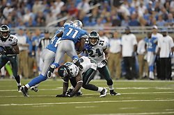 DETROIT - SEPTEMBER 19: Cornerback Joselio Hanson #21 of the Philadelphia Eagles waits to make a tackle during the game against the Detroit Lions on September 19, 2010 at Ford Field in Detroit, Michigan. (Photo by Drew Hallowell/Getty Images)  *** Local Caption *** Joselio Hanson