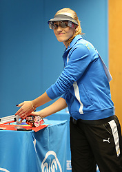 05.09.2015, Olympia Schiessanlage Hochbrueck, Muenchen, GER, ISSF World Cup 2015, Gewehr, Pistole, Damen, 10 Meter Luftpistole, im Bild Anna Korakaki (GRE) ist frustriert // during the women's 10M air Pistol competition of the 2015 ISSF World Cup at the Olympia Schiessanlage Hochbrueck in Muenchen, Germany on 2015/09/05. EXPA Pictures © 2015, PhotoCredit: EXPA/ Eibner-Pressefoto/ Wuest<br /> <br /> *****ATTENTION - OUT of GER*****