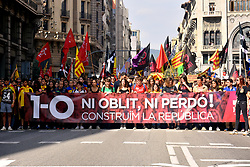 October 1, 2018 - Barcelona, Catalonia, Spain - Catalonia students seen holding a banner in the front of the protest...Some 15,000 students according to the Local Police have demonstrated in Barcelona to claim the first anniversary of the referendum on October 1, 2017 (Credit Image: © Ramon Costa/SOPA Images via ZUMA Wire)