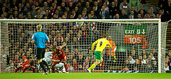 22.10.2011, Anfield Stadion, Liverpool, ENG, PL, FC Liverpool - Norwich City, im Bild Norwich City's Grant Holt scores the equalising 1-1 goal against Liverpool only three minutes after coming on as a substitute during the Premiership match at Anfield // during the Premier League football match between FC Liverpool - Norwich City, at Anfield Stadium, Liverpool, United Kingdom on 22/10/2011. EXPA Pictures © 2011, PhotoCredit: EXPA/ Propaganda Photo/ David Rawcliff +++++ ATTENTION - OUT OF ENGLAND/GBR+++++