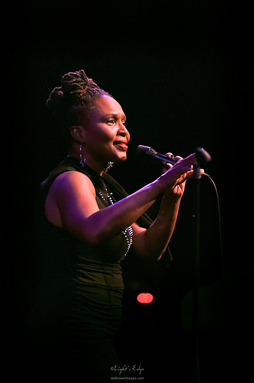 Suzanne Douglas performing at the SOPAC 2016 Gala.
