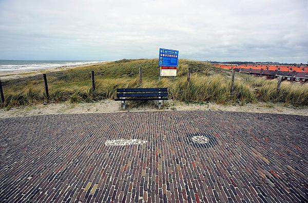 Nederland, Kijkduin, 3-4-2009Het zwakste punt van de duinen langs de Nederlandse kust is in Ter Heijde. Het is een kwetsbaar punt in de bescherming van ons land tegen de zee.The weakest point of the dunes along the Dutch coast is in Ter Heijde. It is a vulnerable point in protecting our country against the sea.Foto: Flip Franssen/Hollandse Hoogte