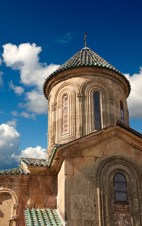 Pictures & images of the central cupolas of Gelati Georgian Orthodox church of St George. The medieval Gelati monastic complex near Kutaisi in the Imereti region of western Georgia (country). A UNESCO World Heritage Site. .<br /> <br /> Visit our MEDIEVAL PHOTO COLLECTIONS for more   photos  to download or buy as prints https://funkystock.photoshelter.com/gallery-collection/Medieval-Middle-Ages-Historic-Places-Arcaeological-Sites-Pictures-Images-of/C0000B5ZA54_WD0s<br /> <br /> Visit our REPUBLIC of GEORGIA HISTORIC PLACES PHOTO COLLECTIONS for more photos to browse, download or buy as wall art prints https://funkystock.photoshelter.com/gallery-collection/Pictures-Images-of-Georgia-Country-Historic-Landmark-Places-Museum-Antiquities/C0000c1oD9eVkh9c
