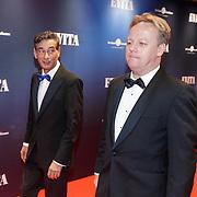 NLD/Amsterdam/20181022 - Inloop premiere Evita, Gerard Spong en partner
