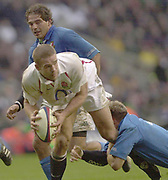 Photo - Peter Spurrier<br /> 09/03/2003 <br /> RBS Six Nations International Rugby -  England v Italy<br /> Joe Worsley looks for support a he moves towards the Italian try line