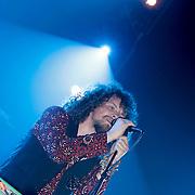 NLD/Amsterdam/20120330 - Emma Raising Fund Night, optreden Direct, zanger Marcel Veenendaal