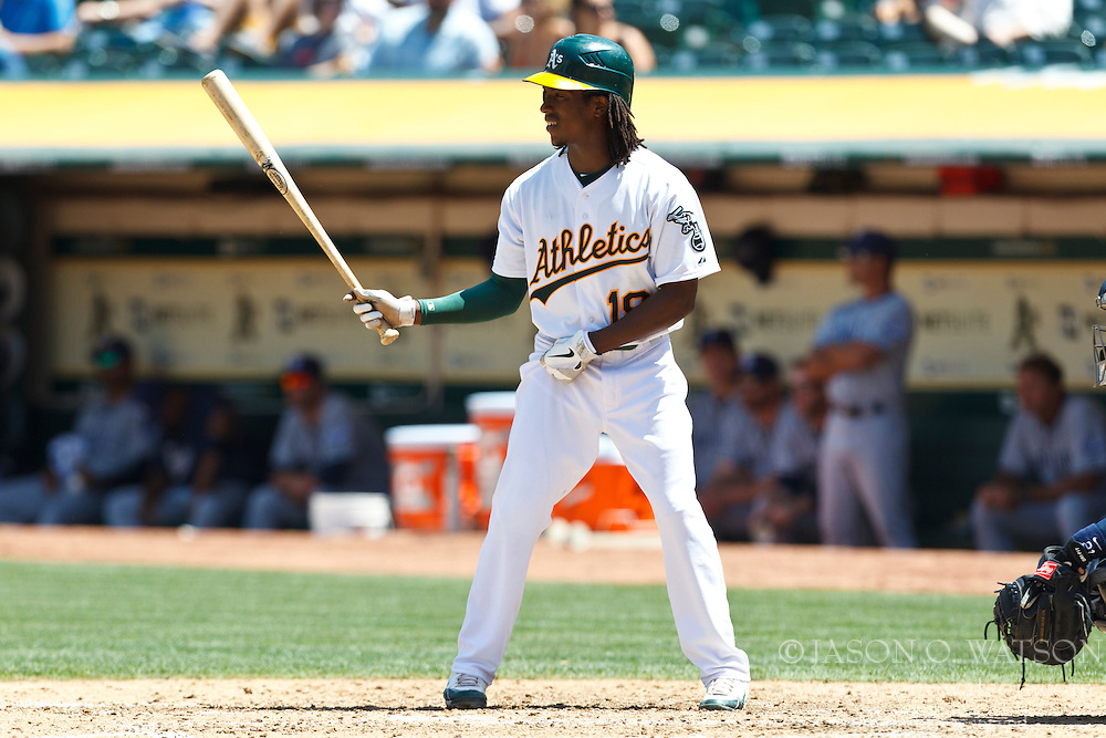 OAKLAND, CA - JUNE 16: Jemile Weeks #19 of the Oakland Athletics at bat against the San Diego Padres during the fifth inning of an interleague game at O.co Coliseum on June 16, 2012 in Oakland, California. The Oakland Athletics defeated the San Diego Padres 6-4. (Photo by Jason O. Watson/Getty Images) *** Local Caption *** Jemile Weeks