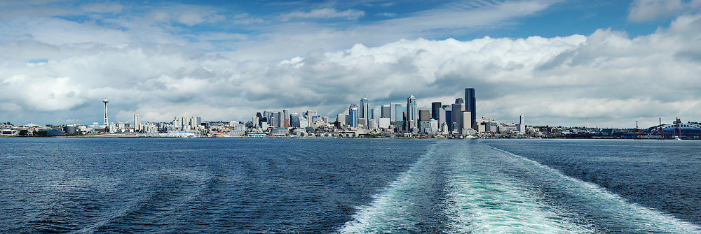 Panoramic view of downtown Seattle, Washington across Elliot Bay from the Bainbridge Island ferry.