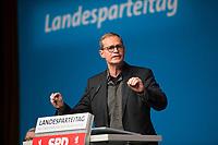 DEU, Deutschland, Germany, Berlin, 17.11.2018: Landesparteitag der Berliner SPD im Hotel Maritim. Rede von Michael Müller, SPD-Landesvorsitzender und Regierender Bürgermeister von Berlin.