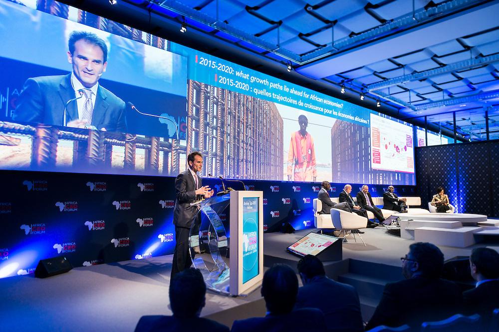 """Amine Tazi-Riffi, Director Mc Kinsey, lors du Panel Croissance: """"2015-2020: quelles trajectoires de croissance pour les économies africaines?"""", le 16 mars 2015, Africa Ceo Forum, 2015"""