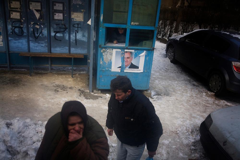 Street scenes of (Kosovska) Mitrovica.