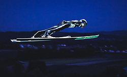 29.09.2018, Energie AG Skisprung Arena, Hinzenbach, AUT, FIS Ski Sprung, Sommer Grand Prix, Hinzenbach, im Bild Andreas Wellinger (GER) // Andreas Wellinger of Germany during FIS Ski Jumping Summer Grand Prix at the Energie AG Skisprung Arena, Hinzenbach, Austria on 2018/09/29. EXPA Pictures © 2018, PhotoCredit: EXPA/ Stefanie Oberhauser