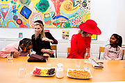 Staatsbezoek aan Nederland van Zijne Majesteit Koning Filip der Belgen vergezeld door Hare Majesteit Koningin <br /> Mathilde aan Nederland.<br /> <br /> State Visit to the Netherlands of His Majesty King of the Belgians Filip accompanied by Her Majesty Queen<br /> Mathilde Netherlands<br /> <br /> op de foto / On the photo: Koningin Maxima en Koningin Mathilde brachten op dinsdagochtend 29 november 2016 een werkbezoek aan Vitalis in Den Haag. Het initiatief wordt gesteund door het Oranje Fonds en mogelijk gemaakt door de inzet van vrijwilligers. ///// Queen Maxima and Queen Mathilde spent a working visit to Vitalis in The Hague on Tuesday morning, November 29, 2016. The initiative is supported by the Orange Fund and made possible by the efforts of volunteers.