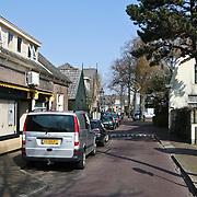 NLD/Huizen/20080409 - Achterbaan Huizen gezien vanaf de Havenstraat