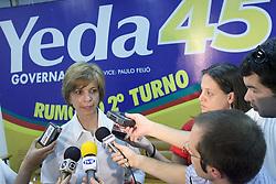 A candidata ao governo do Estado do RS, Yeda Crusius (PSDB) durante coletiva de imprensa para anunciar cordenadores da campanha de segundo turno. FOTO: Jefferson Bernardes/Preview.com