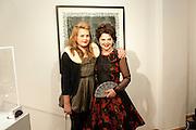 MADDIE GUINNESS; LULU GUINNESS, Lulu Guinness And Rob Ryan Fan Bag - Launch Party. Air Gallery. London. 10 November 2010.  -DO NOT ARCHIVE-© Copyright Photograph by Dafydd Jones. 248 Clapham Rd. London SW9 0PZ. Tel 0207 820 0771. www.dafjones.com.