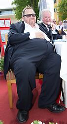 """08.05.2015, Schlosshotel Velden, AUT, 25 Jahre, Ein Schloss am Wörthersee, Pressekonferenz zur Buchpräsentation """"Hollywood am Wörthersee - 100 Jahre Filmland Kärnten"""", im Bild Ottfried Fischer // Ottfried Fischer during press conference for book presentation 'Hollywood am Wörthersee - 100 years of film Carinthia' as a side Event of 25th anniversary of tv series """"Ein Schloss am Wörthersee"""" at the Schlosshotel Velden, Austria on 2015/05/08. EXPA Pictures © 2015, PhotoCredit: EXPA/ Johann Groder"""